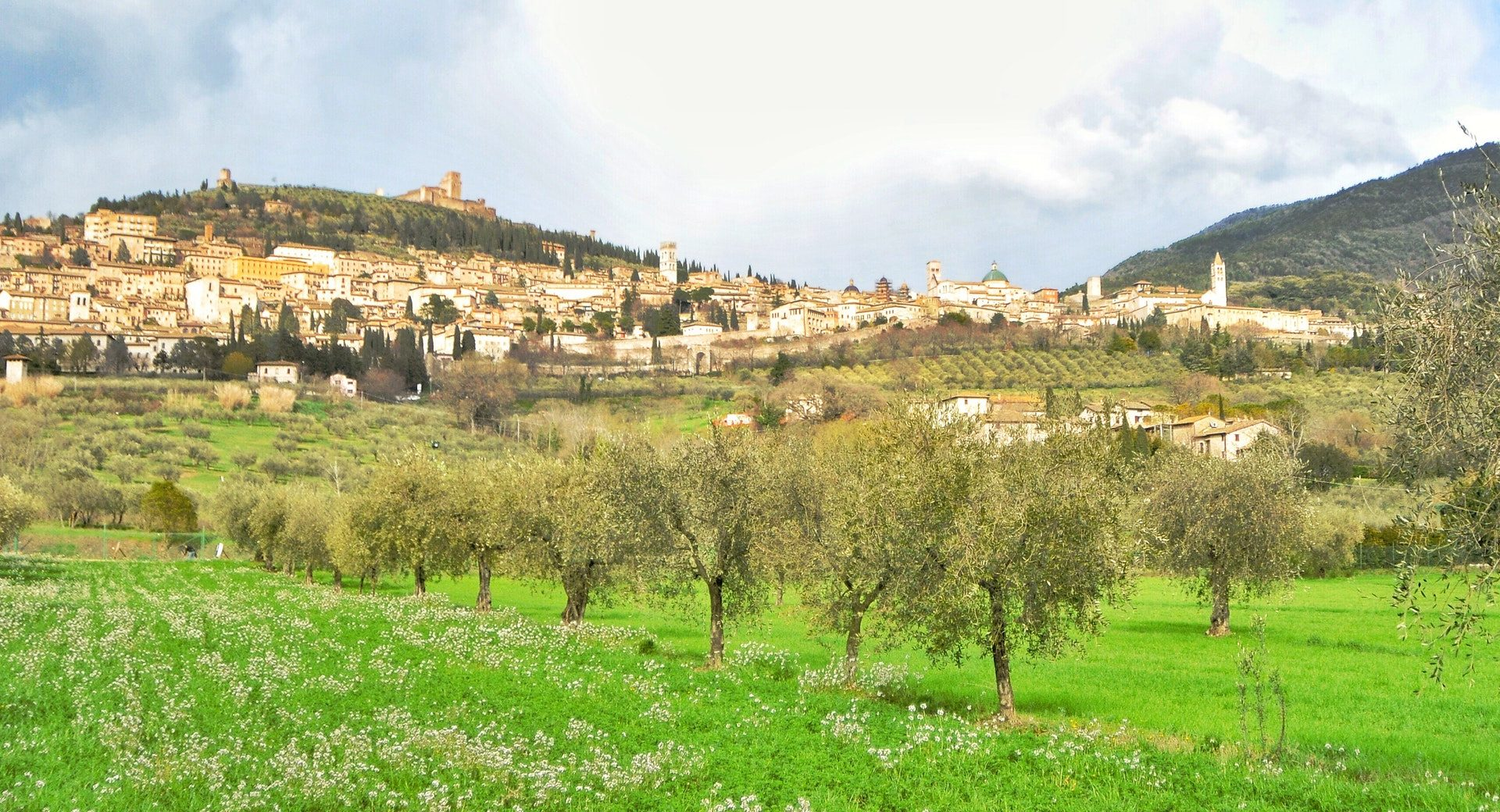 Where Francis Walked We spent Easter in Assisi A time and place of beauty and spiritual renewal